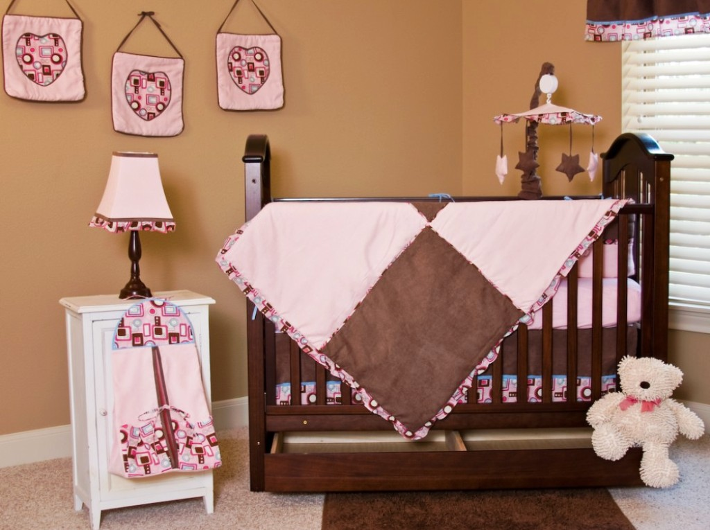 Image of: Baby Girl Bedroom Decor