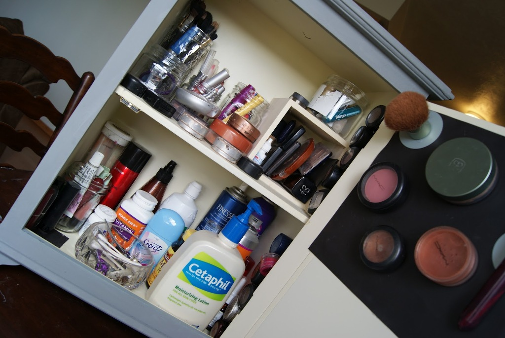 Image of: Diy Organize Makeup