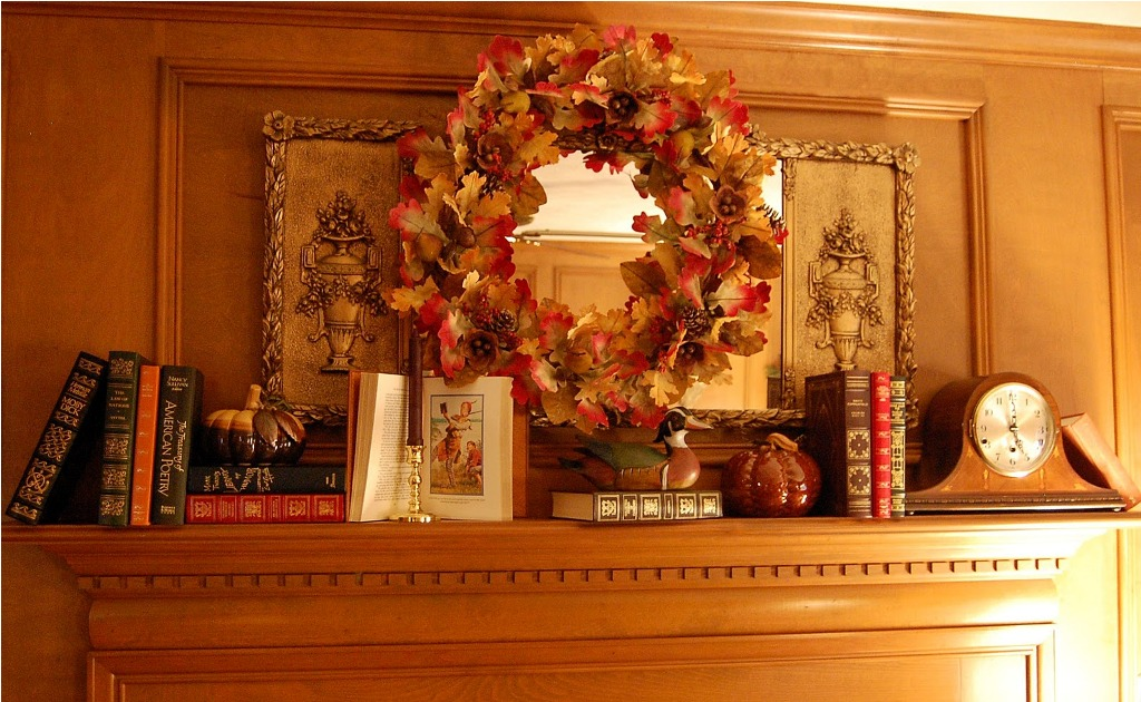 Image of: Fall Mantel Decorating Ideas