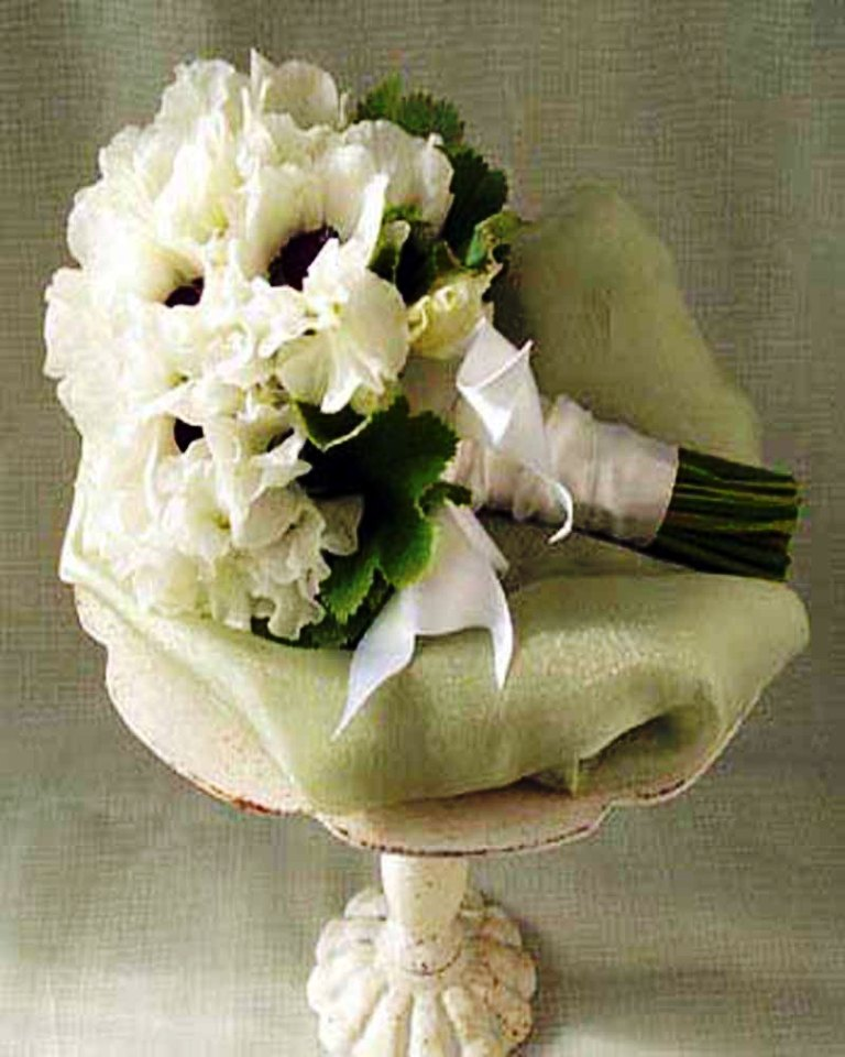 Image of: Flower Arrangements For Weddings
