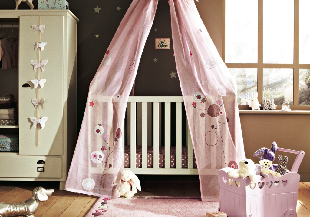 Girl Nurseries Decorating Ideas