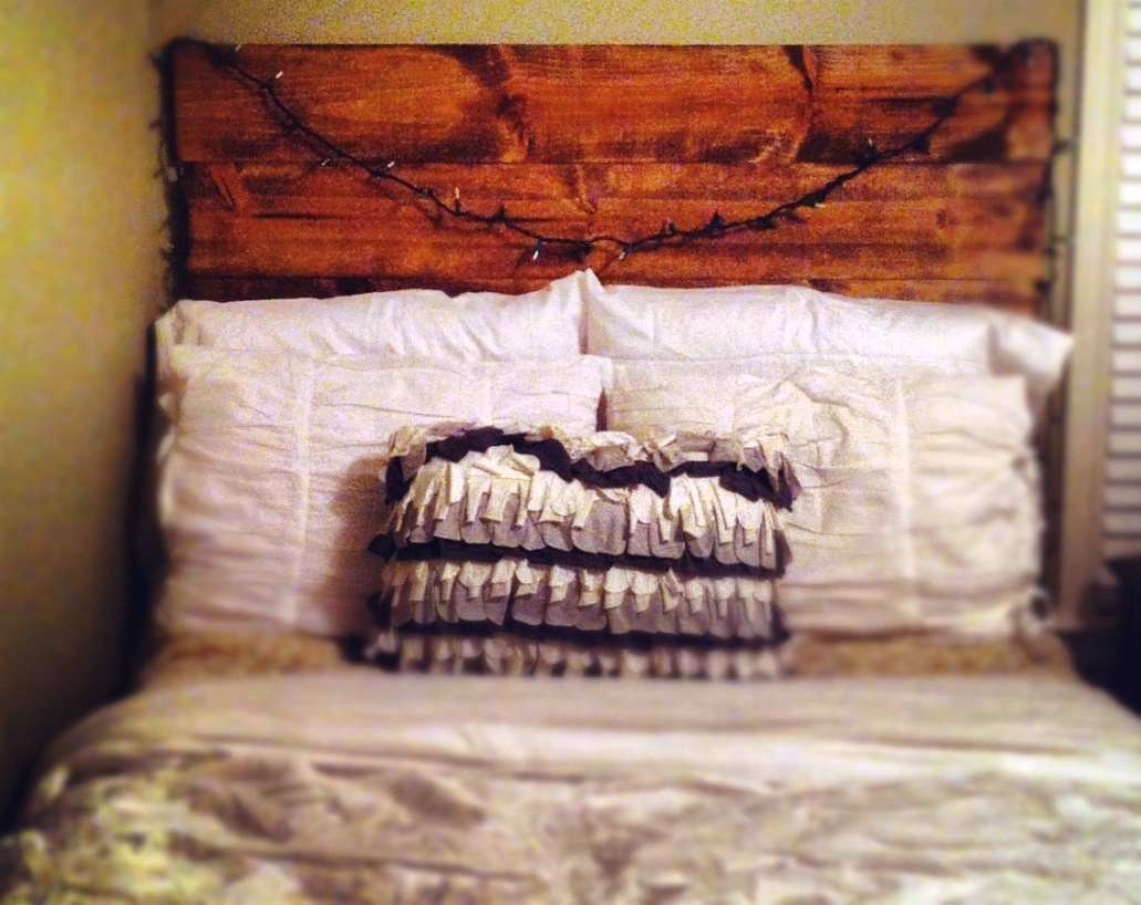 Image of: Headboard Ideas Diy
