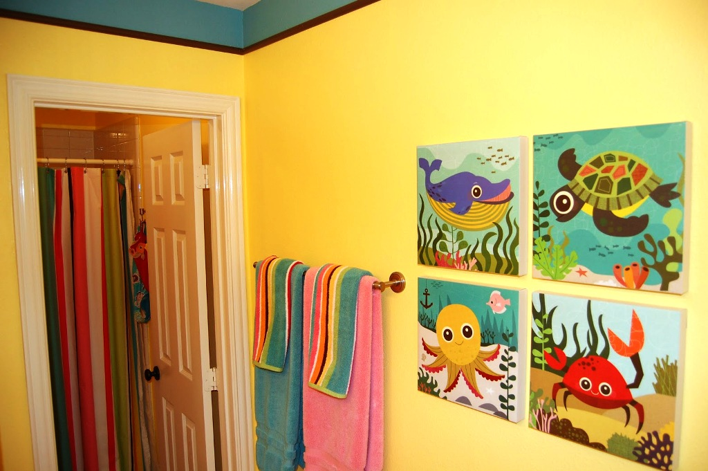 Image of: Kids Bathroom Sets