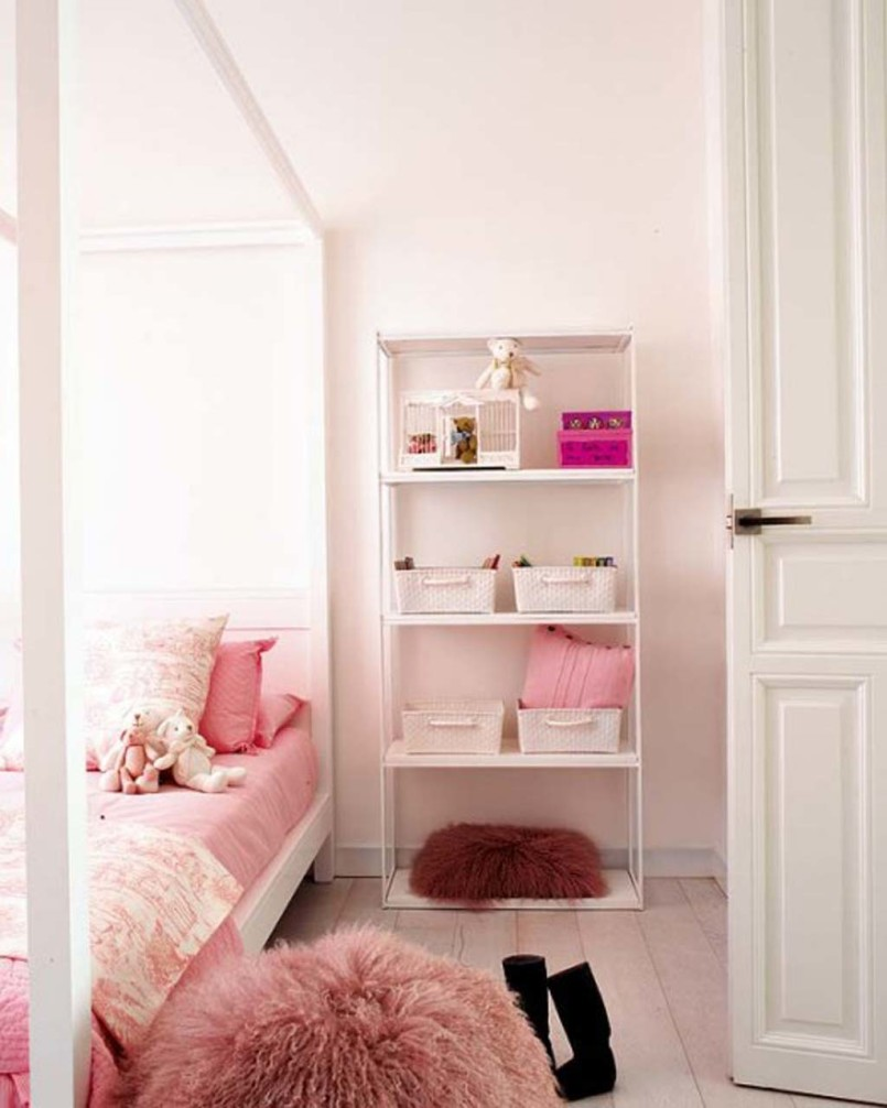 Image of: Little Girl Bedroom Accessories