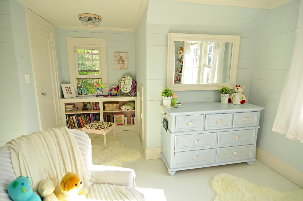 Image of: Elegant Little Girl Bedroom Paint Ideas