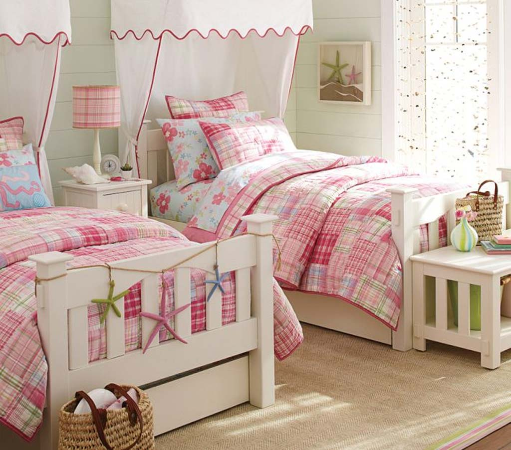 Image of: Little Girl Bedrooms Designs