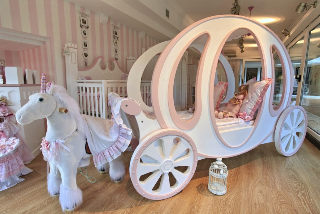 Image of: Princess Bedroom Furniture