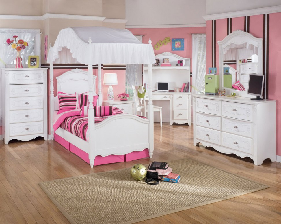 Image of: Princess Bedrooms Decorating Ideas