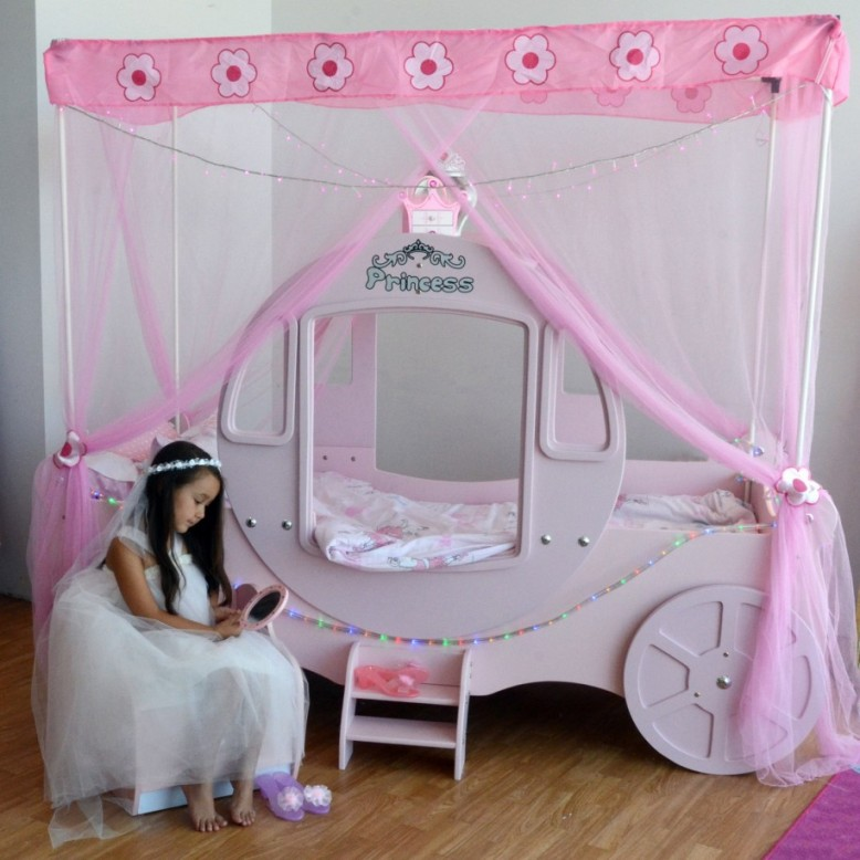 Image of: Princess Theme Bedroom