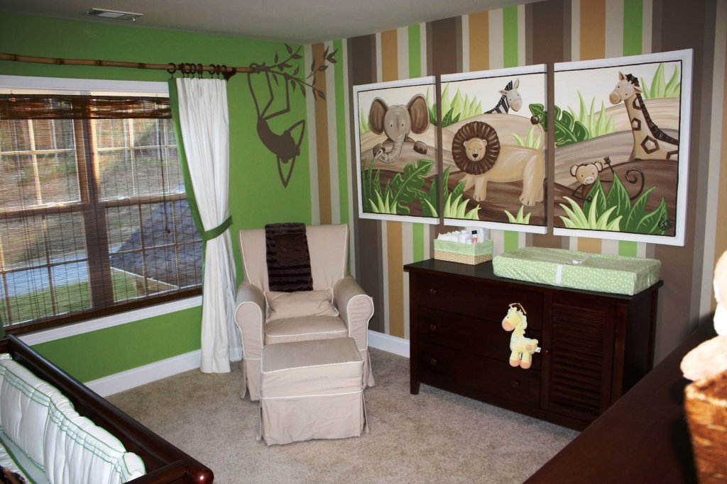 Image of: Small Nursery Furnitures