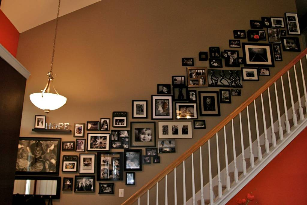 Image of: Wall Photo Gallery Ideas
