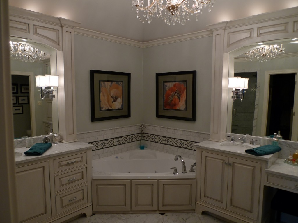 Image of: Western Bathroom Set