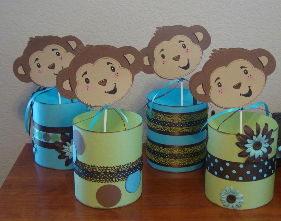 Image of: Baby Monkey Centerpieces