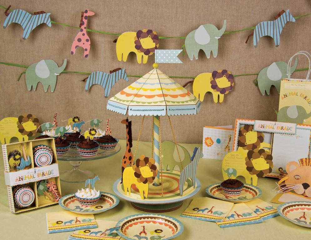 Image of: Baby Shower Decorations And Favors