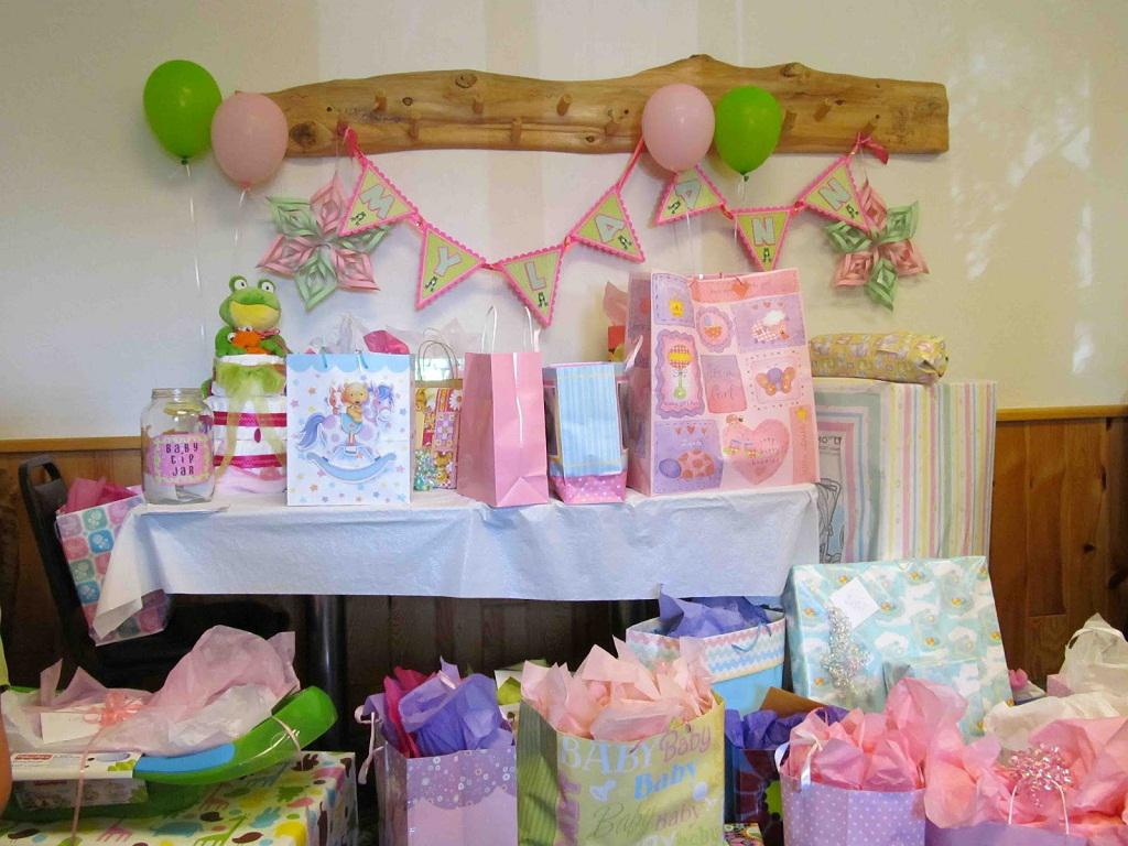Image of: Baby Shower Decorations For A Girl