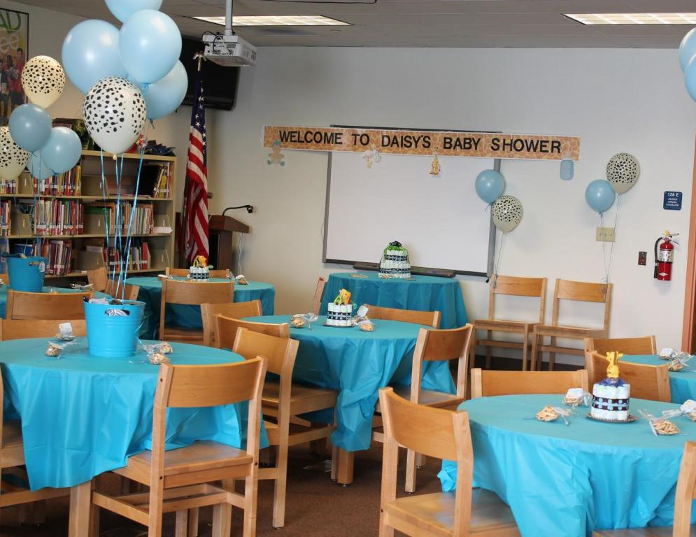 Image of: Baby Shower Decorations For Boy