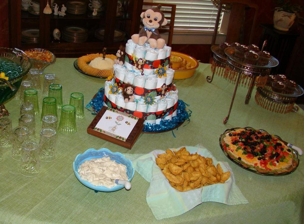 Image of: Baby Showers Monkey Centerpiece