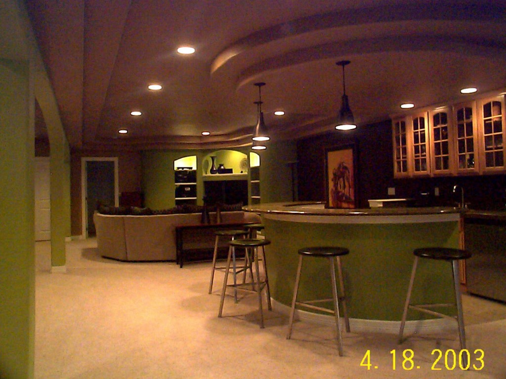 Image of: Basement Bar Lighting Ideas