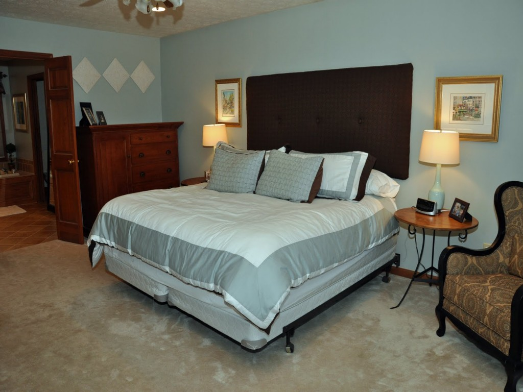 Image of: Basement Master Bedroom Ideas