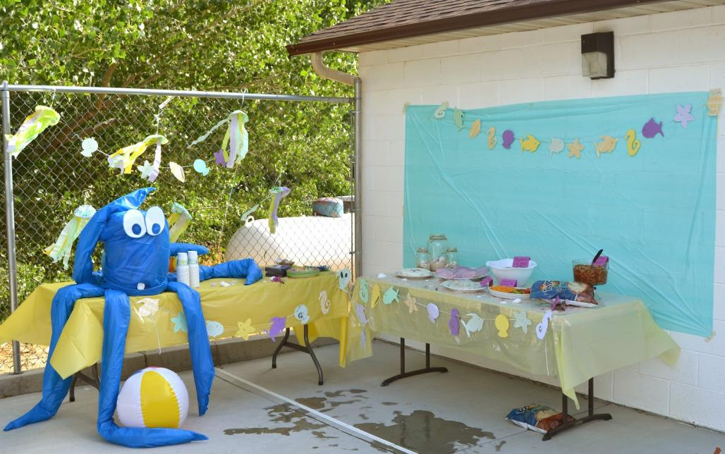 Image of: Beach Party Theme Decorations
