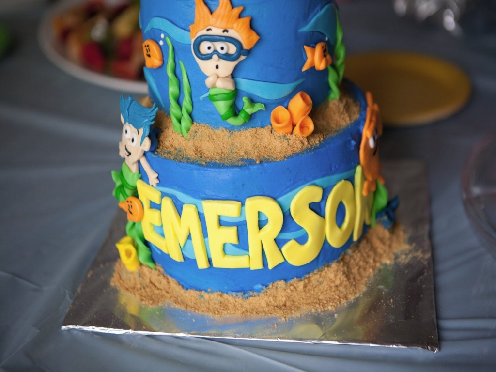 Image of: Bubble Guppies Birthday Cakes
