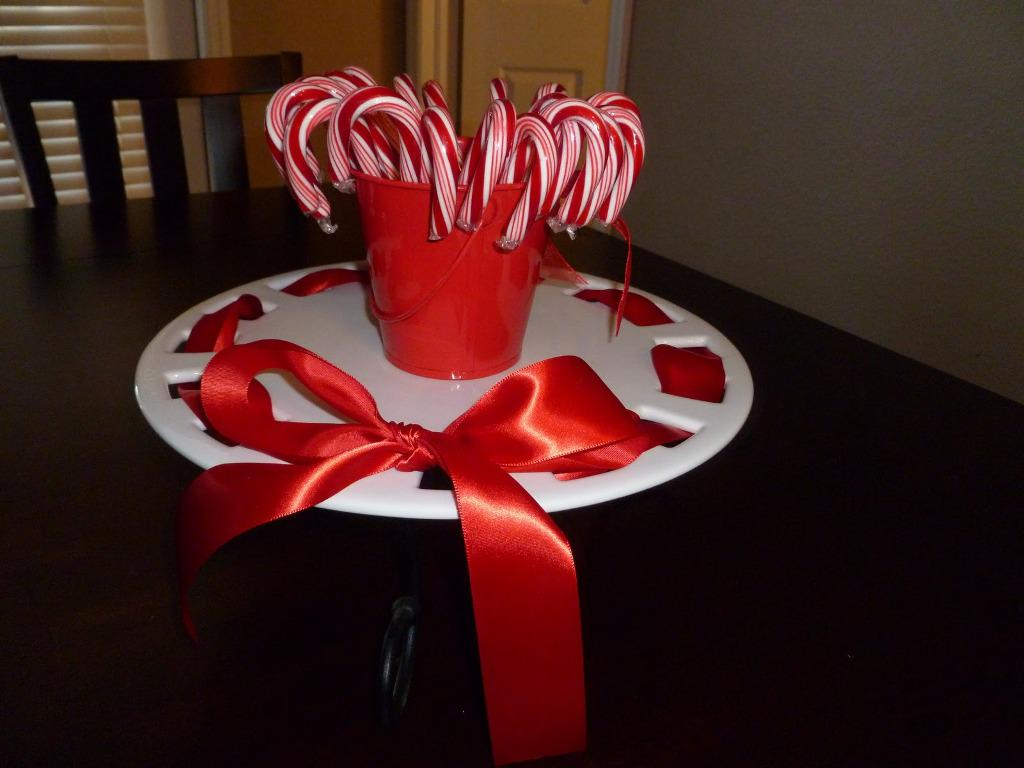 Image of: Candy Cane Table Decorations