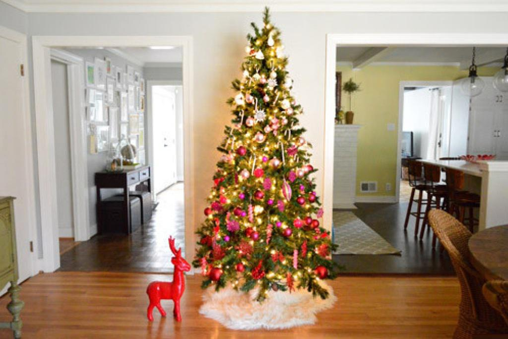 Image of: Christmas Decorating Theme Ideas