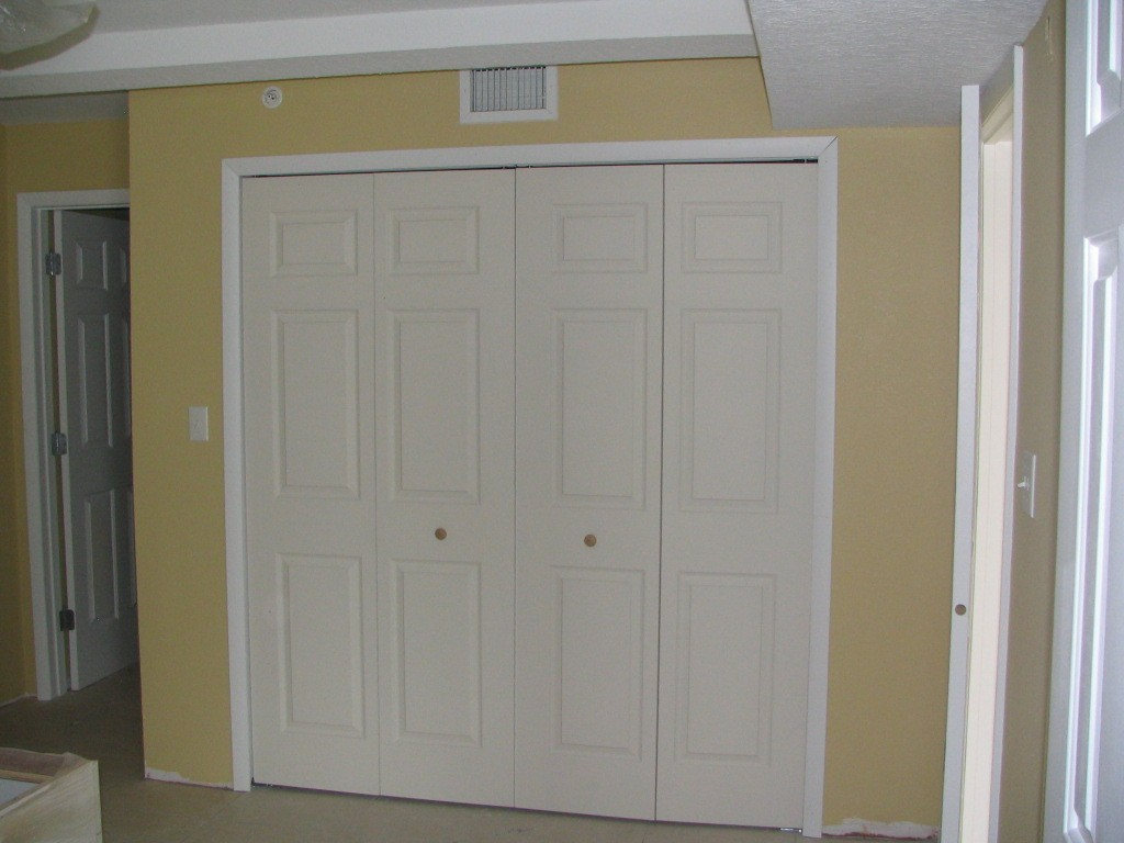 Image of: Closet Door Alternatives Ideas