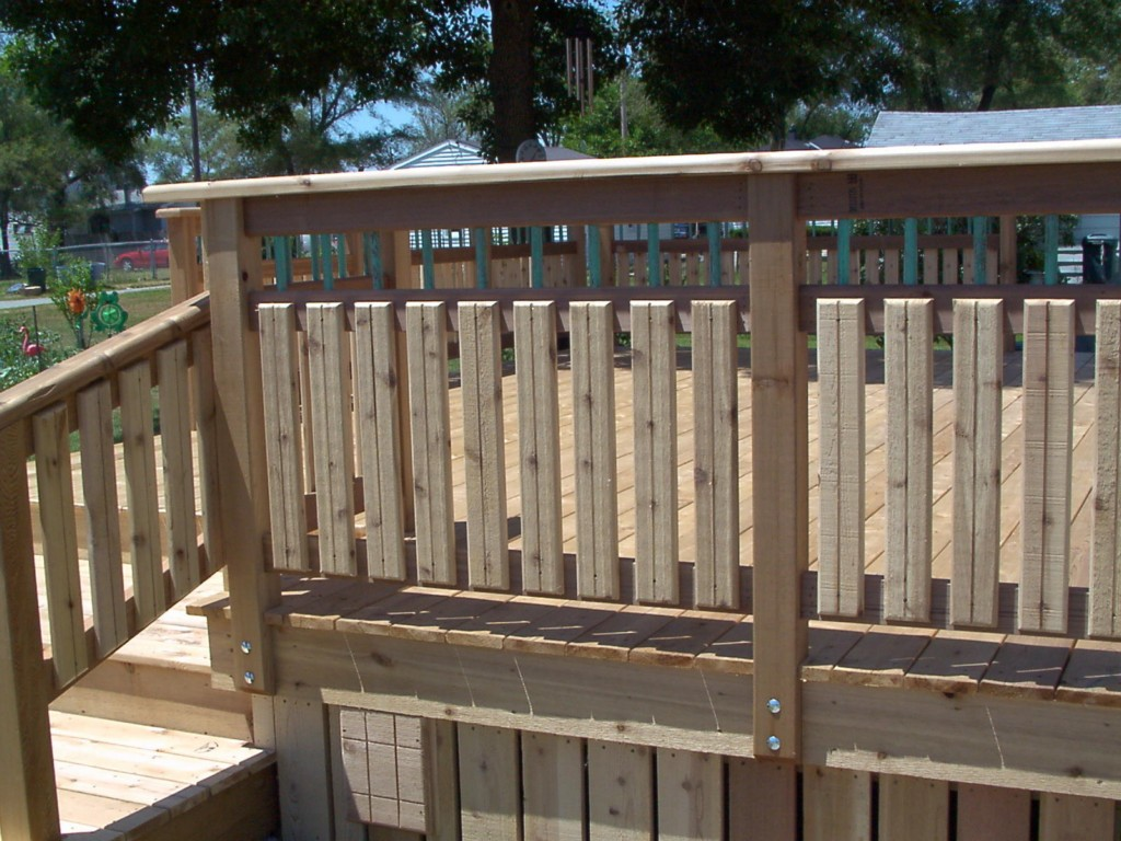 Image of: Deck Railing Ideas Wood