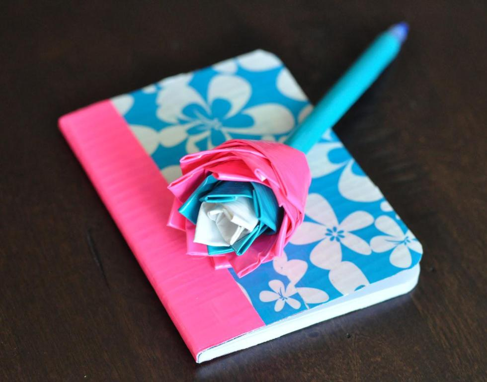 Image of: Duct Tape Sheet Crafts