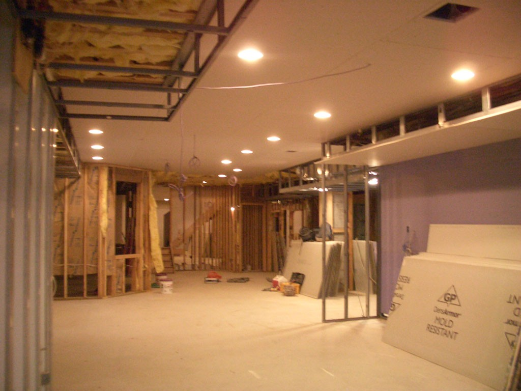 Image of: Finished Basement Lighting Ideas