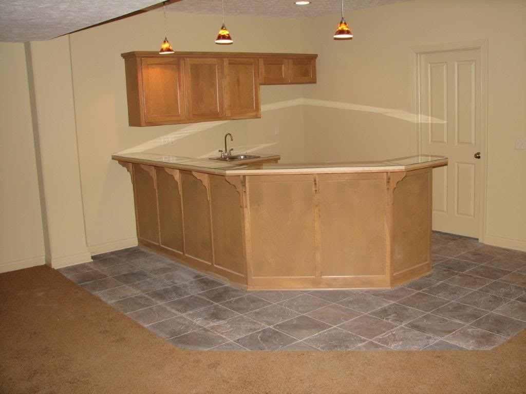Image of: Finished Basements Pictures