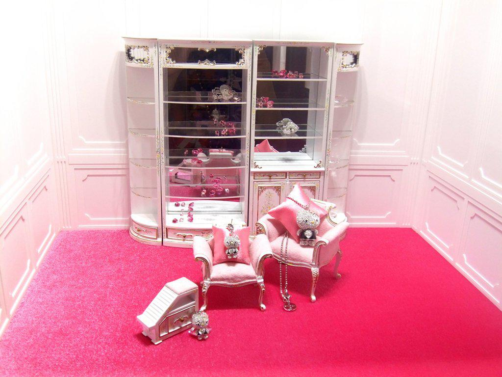 Image of: Hello Kitty Room Decoration