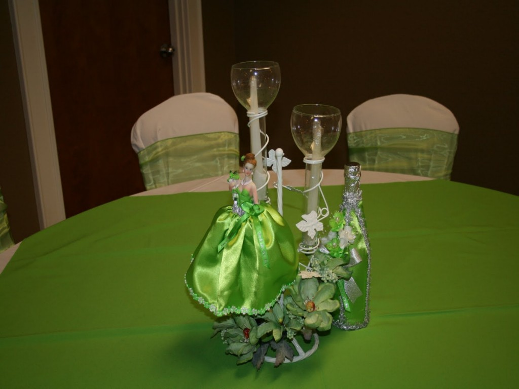 Image of: Quinceanera Carriage Centerpieces