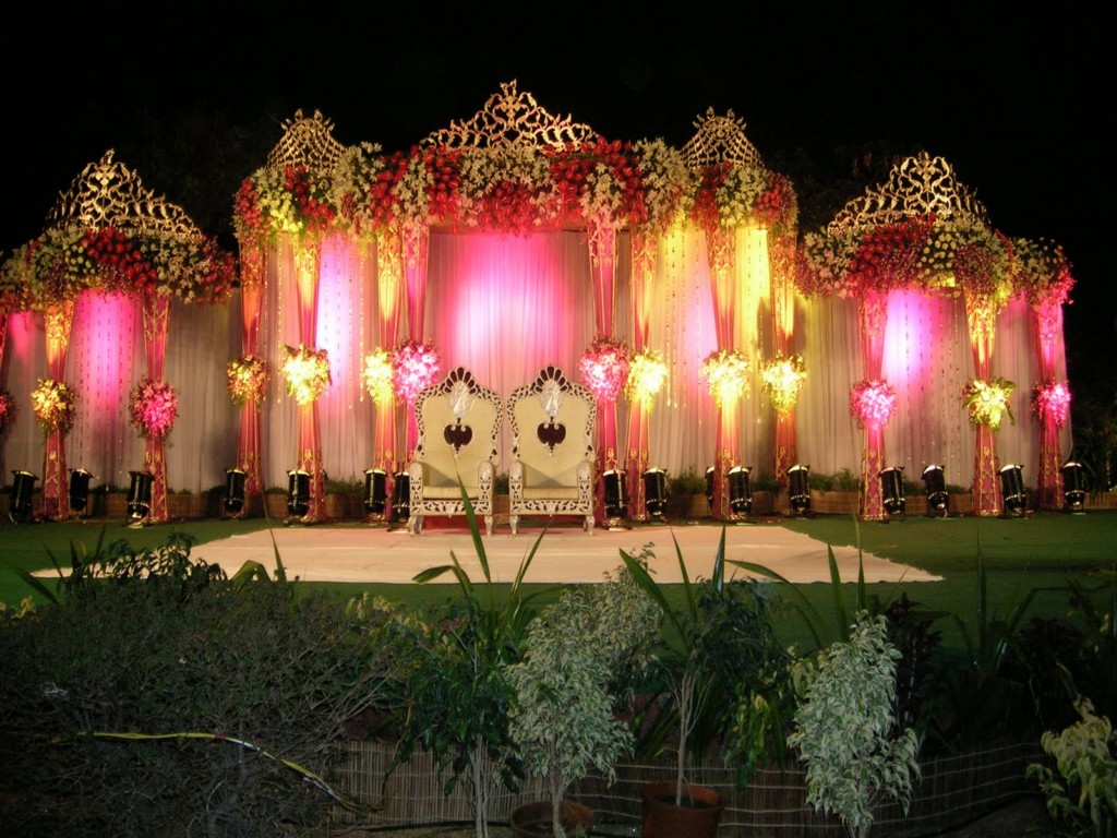 Image of: Asian Wedding Stage Decoration