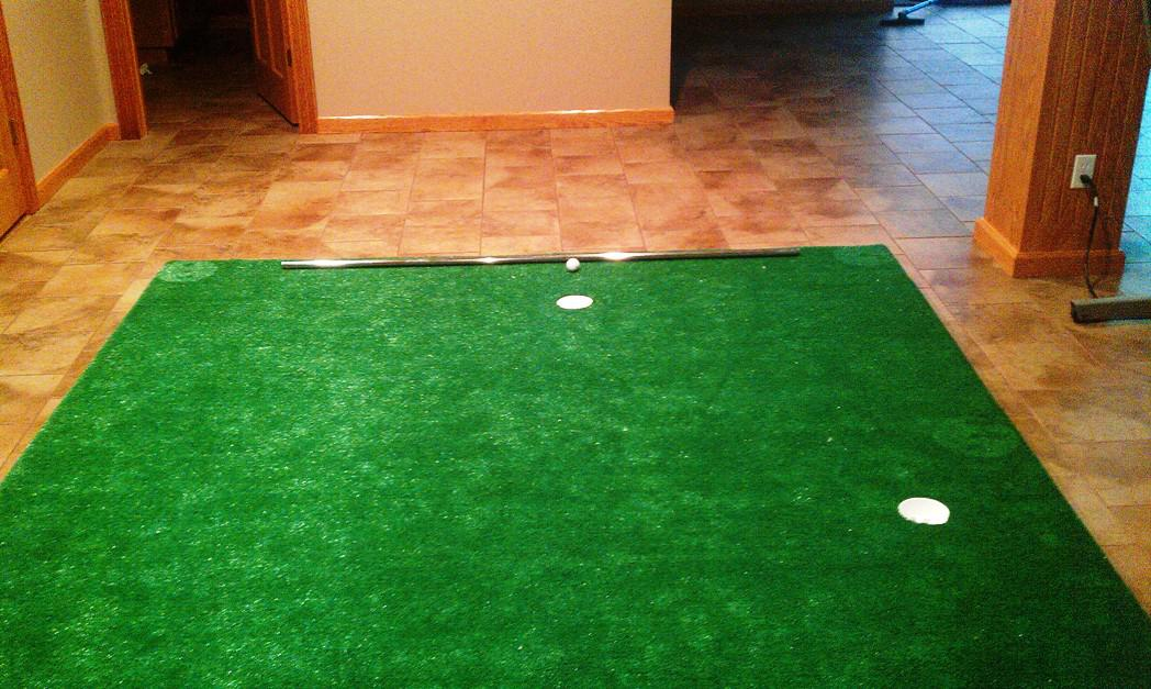 Image of: Awesome Indoor Putting Green