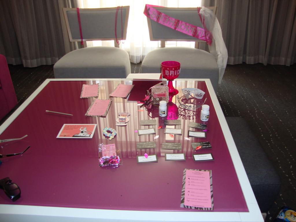 Image of: Awsome Bachelorette Decorations Ideas
