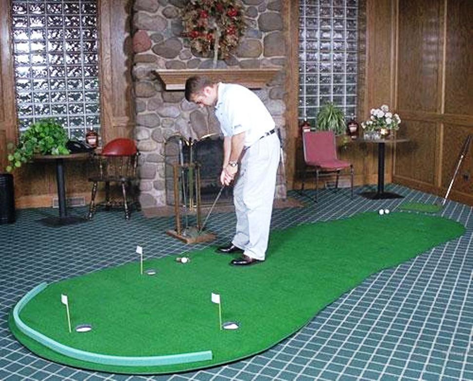 Image of: Building an Indoor Putting Green