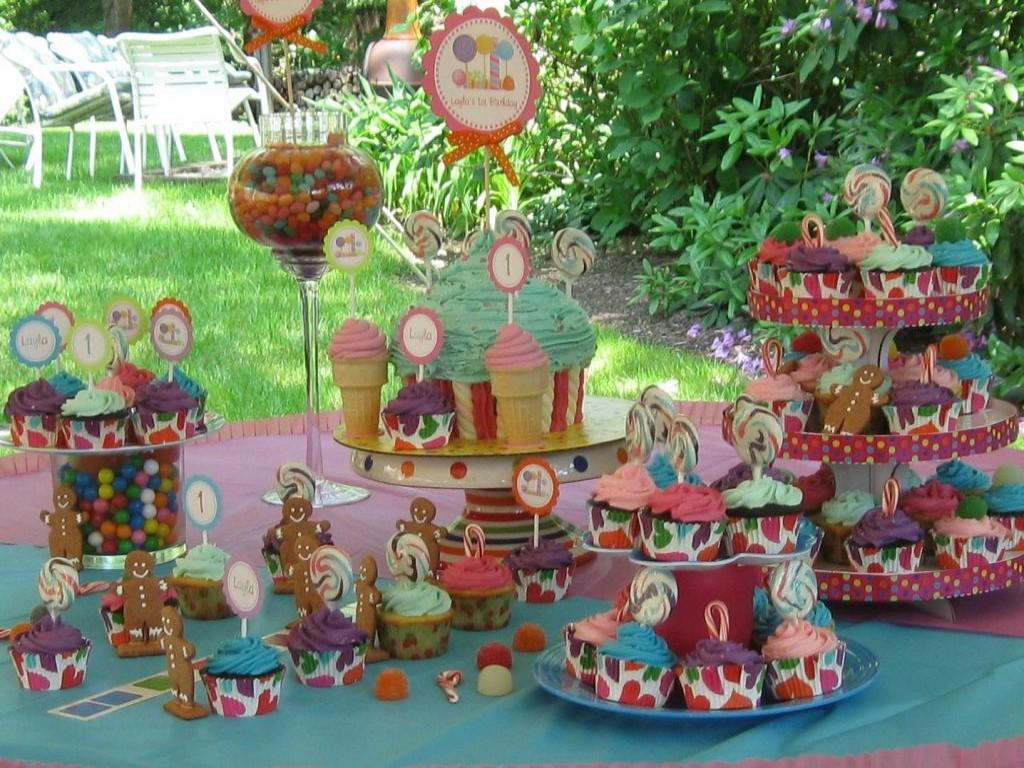 Image of: Candyland Display Decoration Ideas