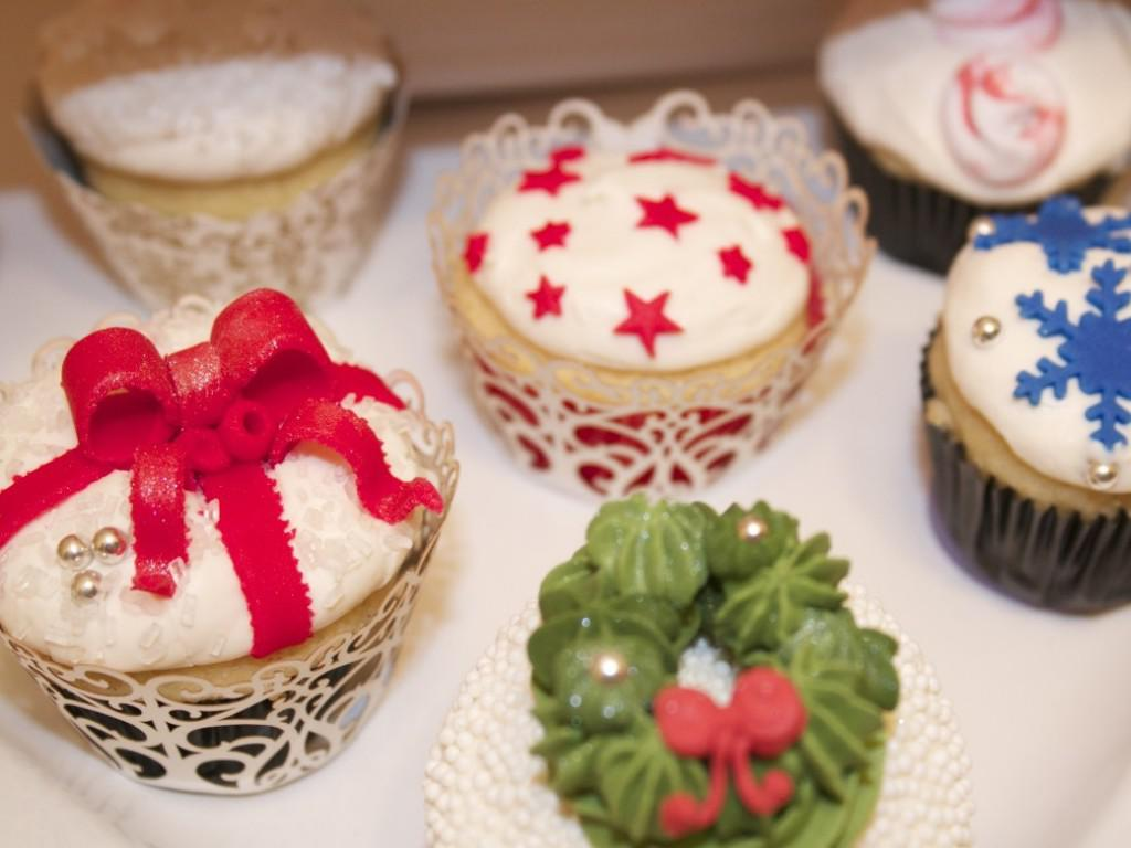 Image of: Cute Cupcake Decorating Ideas Christmas