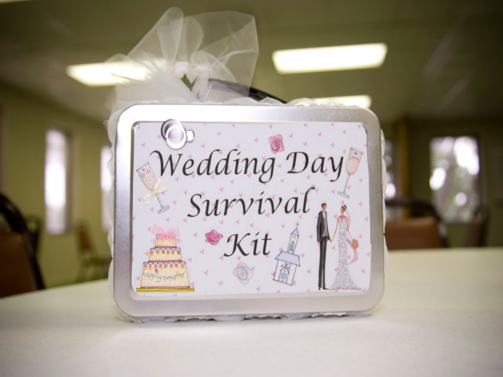 Image of: Cute Bridal Shower Gift Ideas