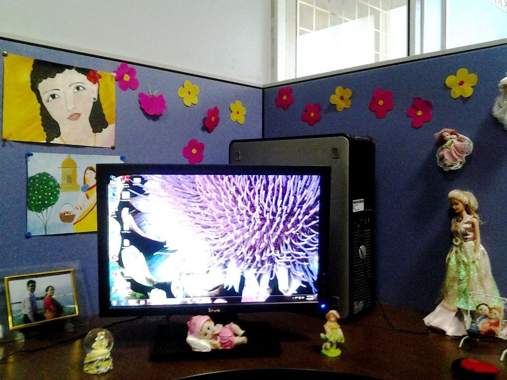 Image of: Cute Cubicle Decorating Ideas Girls