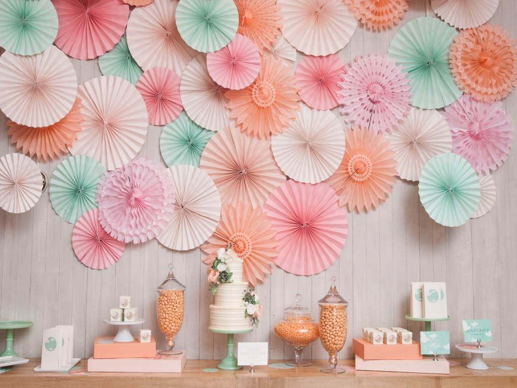 Image of: Diy Paper Fan Decoration
