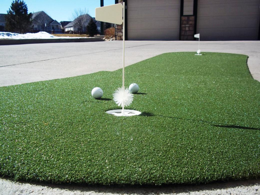 Image of: Indoor Putting Green DIY
