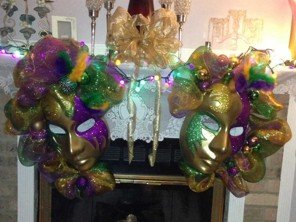 Image of: Mardi Gras Decorations Ideas