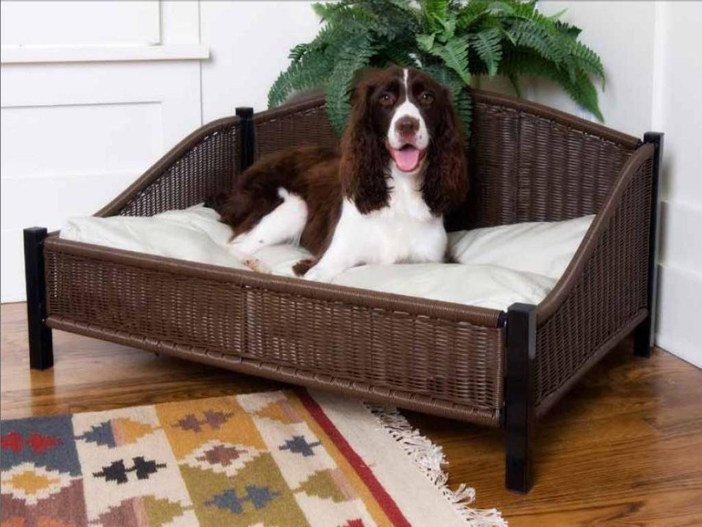 Image of: Mr Herzhers Decorative Wicker Dog Bed