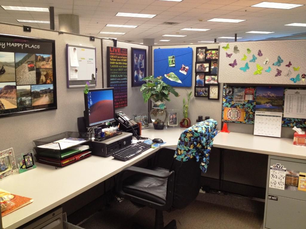 Image of: Office With Cubicle Decoration Themes