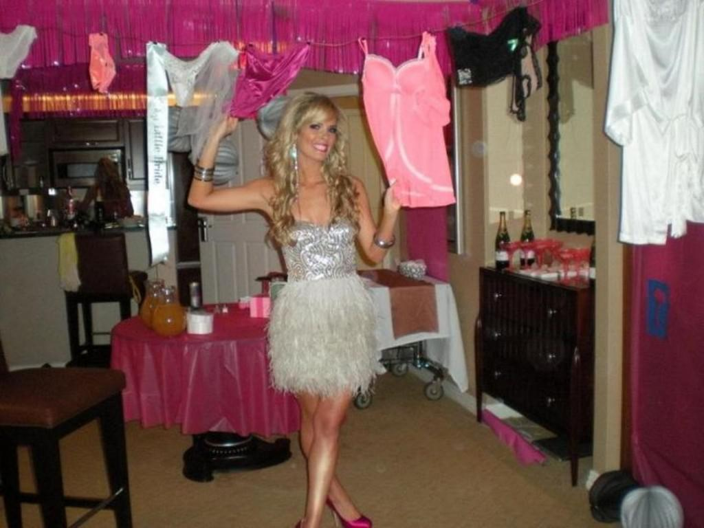 Image of: Outfit For Bachelorette Party