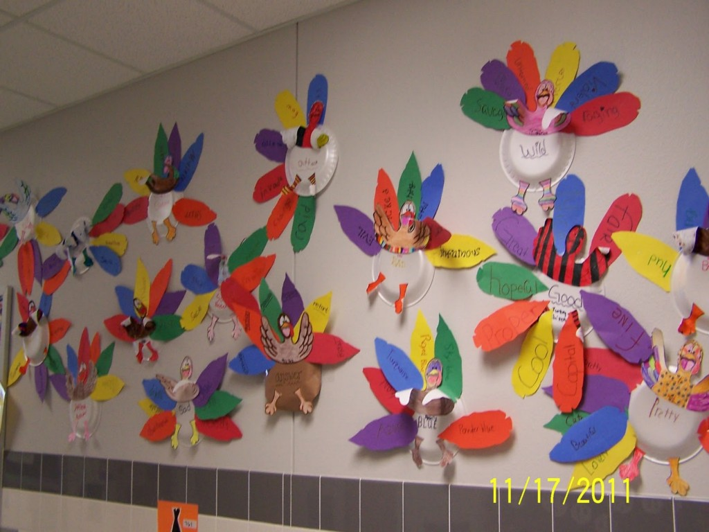Image of: Preschool Thanksgiving Bulletin Board Ideas
