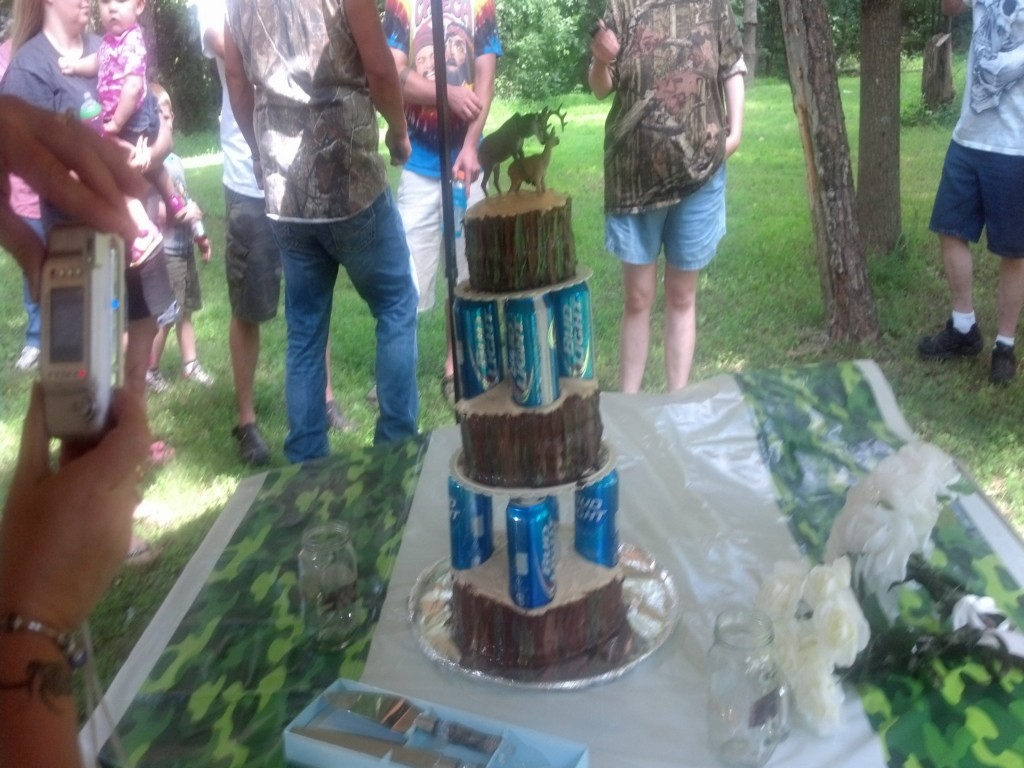 Image of: Redneck Wedding Reception Decorations